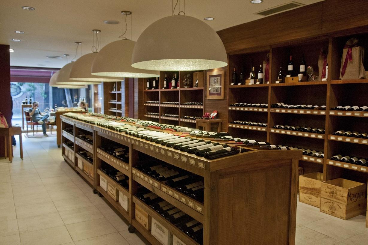 Estas son las vinotecas m s lindas de buenos aires - Vinotecas de madera ...