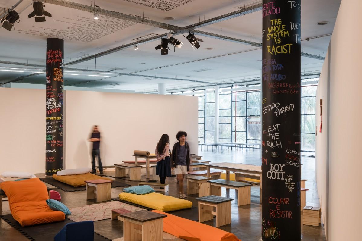Oficina de Imaginação Política durante a pré-abertura para funcionários da 32a Bienal de São Paulo. 04/09/2016 © Leo Eloy / Fundação Bienal de São Paulo