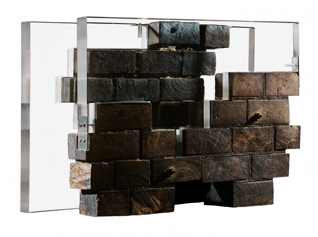 Jacques Bedel, Hipotesis para una prision, 1 971 Acrílico y quebracho, 46 x 67 x 24 cm